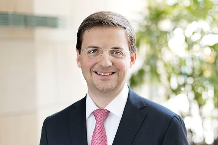 Dr. Maximilian Pluta