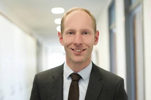 wolfgang-bernhard-rechtsanwalt-dipl.-kaufmann-münchen-pluta