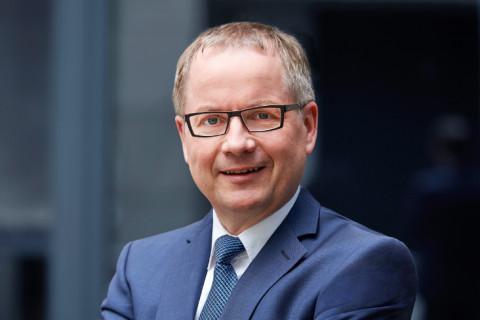 Dr. Dieter Schmid