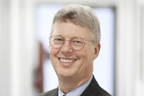 Dr. Martin Prager