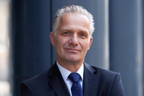 Dr. Stephan Thiemann