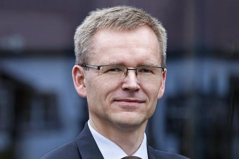Dr. Uwe Paul