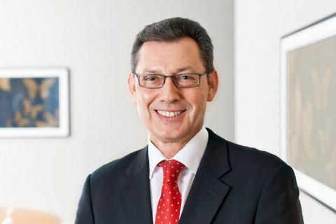 ulrich-pfeifer-rechtsanwalt-fachanwalt-insolvenzrecht-bayreuth-nürnberg-pluta
