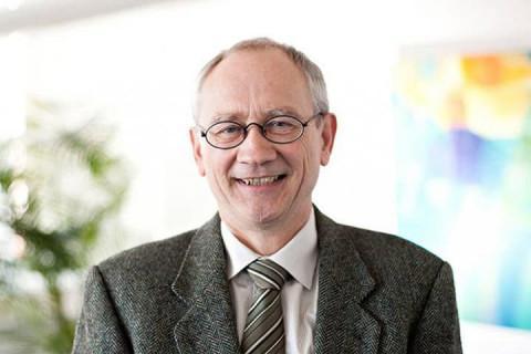 reinhard-schnurre-rechtsanwalt-stuttgart-pluta